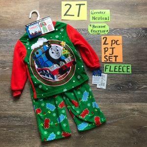 🎄NWT 2T Thomas and Friends Christmas Pajamas